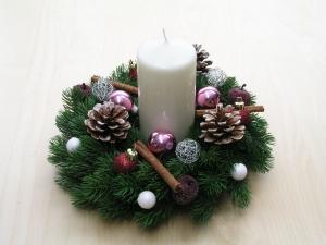Adventskranz mit weißer Kerze, auch als Wandkranz / Türkranz  geeignet