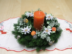 ★ ☆★ ☆ Adventsgesteck mit rustikaler Kerze in orange ★ ☆★ ☆