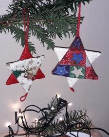 Vielseitige Weihnachtsanhänger Stoffsterne in Rot-Grün - Handarbeit kaufen