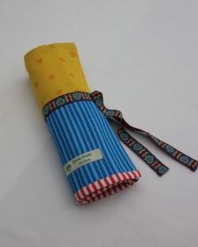 Patchwork-Tasche für Strumpfstricknadeln in Gelb-Blau - Handarbeit kaufen