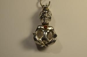 Handgefertigte massive Silberfigur mit Amethyst und Saphir Nr 34 - Handarbeit kaufen