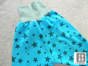 Handmade Pumphose aus Sommersweat Gr. 86/92 mit mint-türkisfarbenen Sternen aus Sweat  - Handarbeit kaufen