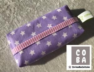 TATÜTA Taschentüchertasche flieder mit weißen Sternen - mit Liebe genäht - Handarbeit kaufen