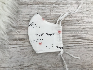 Behelfsmaske, Mund -und Nasenschutz mit Möglichkeit zum Einlegen eines Filters