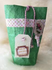 Geschenktüte ♡ Upcycling ♡ aus Tetrapack, mit Anhänger, schön verziert - Handarbeit kaufen