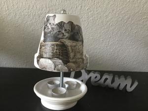 Teelichtofen Teelichtkamin Sommer Edition für Balkon und Terrasse ,inkl 3 Teelichter -  Katzen mit Wolle - Handarbeit kaufen