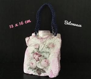 Betonvase ♥ Vase  ♥️Geschenk  ♥️ upcycling ♥ Unikat - Rosen vintage - Handarbeit kaufen