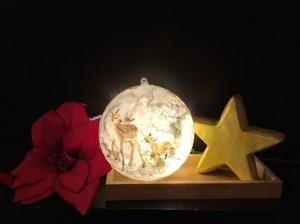 Leuchtkugel 14 cm ♥️ Einzigartig♥ Geschenk ♥ upcycling ♥ Unikat  - Hirschfamilie - Handarbeit kaufen