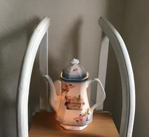 Beleuchtete Kaffeekanne  ♥ Einzigartig♥ Geschenk ♥ Vintage ♥ Unikat - Blumen Flower - Handarbeit kaufen