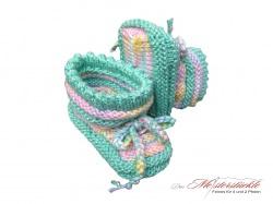 handgestrickte Erstlingsschuhe Babysocken My first socks Babys first socks mintfarben mit pastell