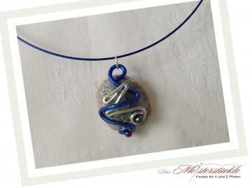 Halsreif blau silber Alu küsst Muschel Necklace