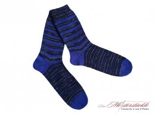 Größe 44-45 Wollsocken handgestrickt gestrickte Wollstrümpfe handknitted woolsocks straped wollsocks Ringelsocken Männersocken Socksformen