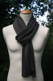 Gerippter Schal aus superfine Merinowolle + Kaschmir - Handarbeit kaufen