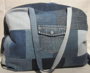 für Individualisten: Reisetasche, Sporttasche, Weekender, Jeans Upcycling, Patchwork, Handarbeit - Handarbeit kaufen