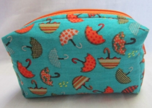 auslaufsichere Seifentasche für unterwegs, Universaltäschchen, Schminktäschchen, 2 Modelle, Handarbeit - Handarbeit kaufen