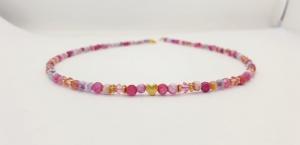 Traumhafte facettierte Achatkette in pink, Rose aus 4 mm großen facettierten Edelsteinen mit Gold und Kristall - Handarbeit kaufen