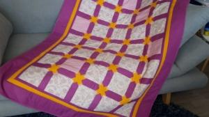 Mädchen-Decke zum Träumen mit tausend Sternen auf pinkem Hintergrund - Handarbeit kaufen