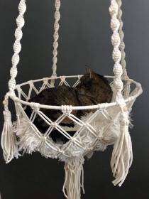 Makramee Katzenkorb und Hundekorb, Katzenbett, Hundebett, Kuschelkorb, Katzenkörbchen - Handarbeit kaufen