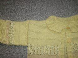 Strickjacke für Mädchen im Muster- und Materialmix (Kopie id: 20744)