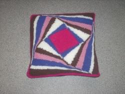 Kuschelige Kissenhülle für Liebhaber von pink und lila