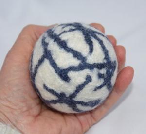 Großer Filzball Wolle waschbar handgemacht zum Spielen, Jonglieren, Handtraining, Entspannen