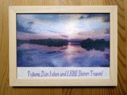 Fotodruck auf Kreuzstichstoff mit gesticktem Spruch - Träume Dein Leben
