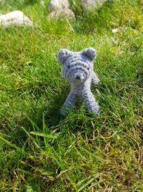 Gehäkelte Katze aus Bio-Baumwolle und Schafwolle