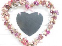 Wanddeko mit Schiefer-Herz