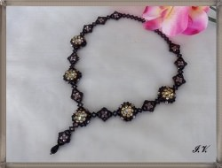 Collier ROSES sehr apart