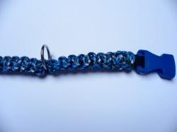 Handgeflochtenes Hundehalsband mit Cobra-Knoten 41 cm lang und 2 cm breit aus Paracord Seilen