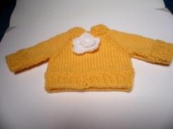 Puppenpullover, Pullover für Puppen von 30 - 40 cm. Hier biete ich einen liebevoll gestrickten Puppenpullover an.