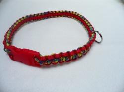Handgeflochtenes Hundehalsband mit Cobra-Knoten 53 cm lang und 2 cm breit aus Paracord Seilen