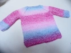Pullover für Babys,  Puppen oder Teddys von ca. 45 - 55 cm in tollen Verlaufsfarben, rot,rosa und blau