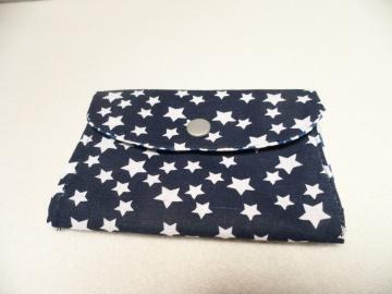 Midi Geldbörse, Notfalltäschchen, Schmucktasche und vieles mehr. Einzelstück Die Farben sind blau und weiß