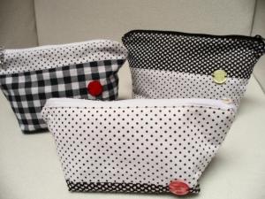 Schminktäschchen, Schmucktasche, Allzwecktasche für Handy und Papiere und vieles mehr.