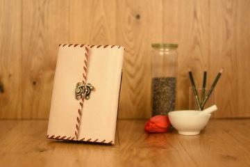 Handgefertigtes Leder Notizbuch Tagebuch Skizzenbuch Weiß
