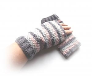 Armstulpen gestrickt, Pulswärmer gestreift, grau rosa - Handarbeit kaufen