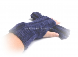 Armstulpen gestrickt, Pulswärmer Zopfmuster, Armstulpen blau - Handarbeit kaufen