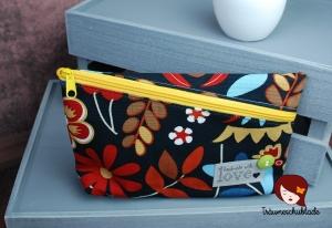 Kulturtasche Schminktasche Schlampermäppchen mit Reißverschluss schräg aus Baumwolle schwarz bunt grün - Handarbeit kaufen