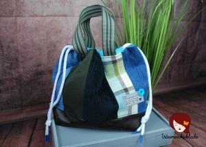 Handarbeit Projekt Tasche Bunt mit Kordelzug Patchwork Upcycling blau, grün, schwarz, braun - Handarbeit kaufen