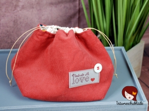 Kleiner Handarbeit Projekt Kosmetik Kleinkram Beutel Kulturbeutel Geschenk japanischer Beutel mit Kordelzug aus Baumwolle, Cordstoff, rot, bunt - Handarbeit kaufen