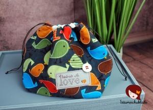 Kleiner Handarbeit Projekt Kosmetik Kleinkram Beutel Kulturbeutel Geschenk japanischer Beutel mit Kordelzug aus Babycord und Baumwolle dunkelgrau, bunt, rot, Vögelchen - Handarbeit kaufen