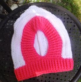 Schlupfmütze in heißen Farben für kalte Tage. Alter ca 1-3 Jahre