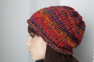 Herbst/Wintermütze für Frauen in bunten Farben handgestrickt handmade Damen mehrfarbig weich neu rot  - Handarbeit kaufen