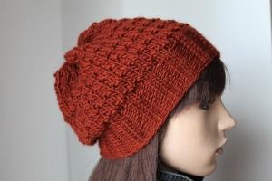 Rostfarbige Strickmütze aus einem weichen Schurwollgemisch gefertigt Damenmütze weich neu Mütze  - Handarbeit kaufen