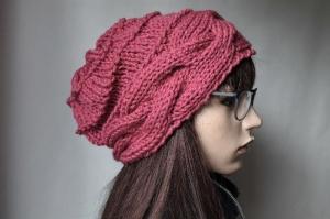 Handgestrickte Mütze mit Zopfrand handmade Frauen rosenholz Herbst Winter Mütze neu Strickmütze  - Handarbeit kaufen