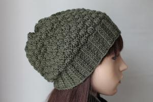 Olivfarbige Strickmütze, die aus einem Merinogemisch von Hand gestrickt wurde Damen Teens handmade breiter Rand Bund Mütze neu - Handarbeit kaufen
