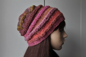 Weiche Strickmütze in verschiedenen Rosetönen Damen handmade handgestrickte Mütze mehrfarbig geringelt gestreift neu weich  - Handarbeit kaufen