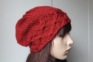 Wintermütze in rot aus 55 % Schurwolle für Damen warme Strickmütze aus dicker Wolle von Hand gestrickt Wollmütze neu handgestrickt handmade Mütze - Handarbeit kaufen