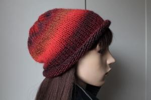 Strickbeanie mit wunderschönen Farben für Damen und Teenager Farbverlauf weich handmade Rollrand rot dunkelrot Strickmütze Mütze - Handarbeit kaufen